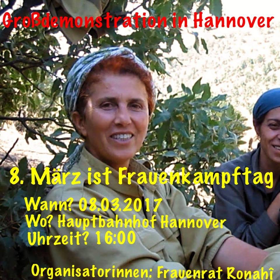 FrauenratRonahî_8.März_Demo